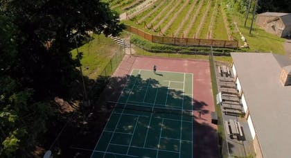 Tennis Court | Heritage Hotel, Golf, Spa & Conference Center, BW Premier Collection