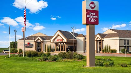 Featured Image | Best Western Plus York Hotel & Conference Center