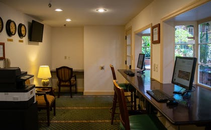 Business Center | The Desmond Hotel Albany