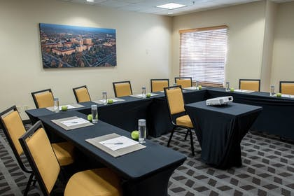 Meeting Facility | TownePlace Suites by Marriott Lafayette