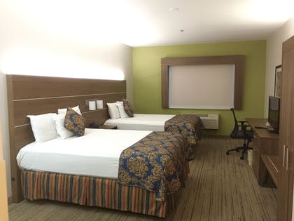 Guestroom   Holiday Inn Express & Suites Tulare