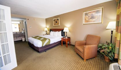 Guestroom | Quality Inn & Suites Conference Center