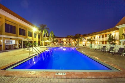 Pool | Quality Inn & Suites Conference Center