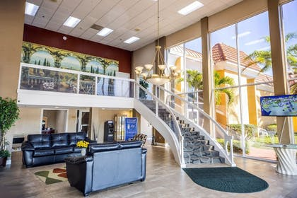 Lobby | Quality Inn & Suites Conference Center