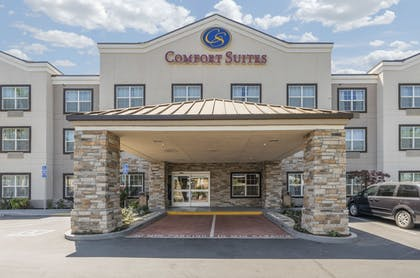 Front of Property | Comfort Suites Downtown Sacramento