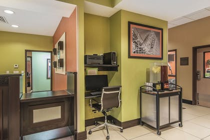 Property Amenity | Comfort Inn & Suites Kansas City - Northeast