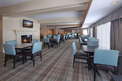 Restaurant | Holiday Inn Express Port Hueneme