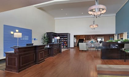 Interior Entrance | Holiday Inn Express Port Hueneme