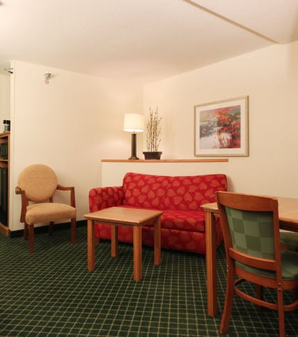Room | Best Inn & Suites