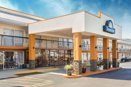 Featured Image | Days Inn by Wyndham Wildwood I-75