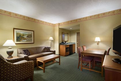 | 2 Room Suite - 1 King Bed | Embassy Suites by Hilton Charleston Airport Hotel & Convention Center