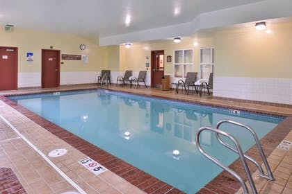 Pool | Best Western Plus Seattle/Federal Way