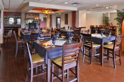 Restaurant | Best Western Plus Seattle/Federal Way