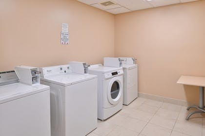 Laundry Room | Best Western Plus Seattle/Federal Way
