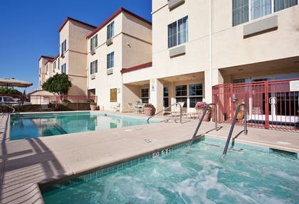 Pool | Holiday Inn Express Hotel & Suites Tracy