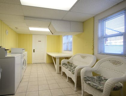 Laundry Room | Colonial Acres Resort