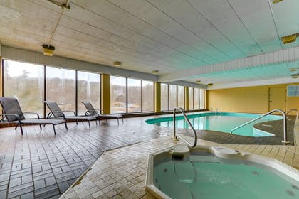 Indoor Pool | Chateau Resort & Conference Center