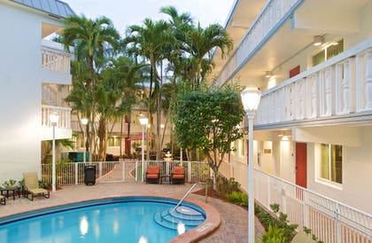 Outdoor Pool | Residence Inn by Marriott Miami Coconut Grove