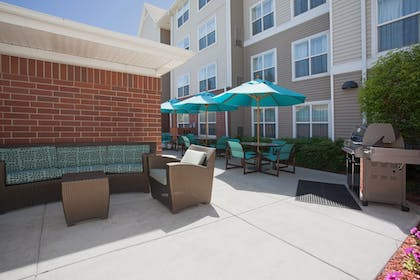 BBQ/Picnic Area | Residence Inn by Marriott Salt Lake City Airport