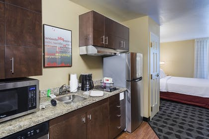 Guestroom | Towneplace Suites By Marriott Kennesaw