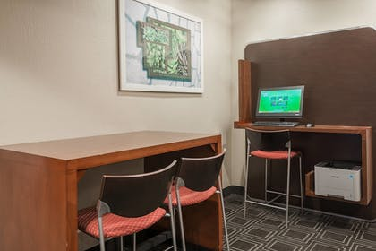 Business Center | TownePlace Suites By Marriott Mobile