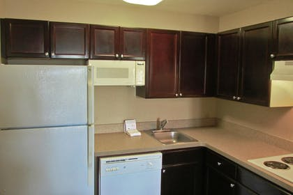 In-Room Kitchen   Extended Stay America - Memphis - Wolfchase Galleria