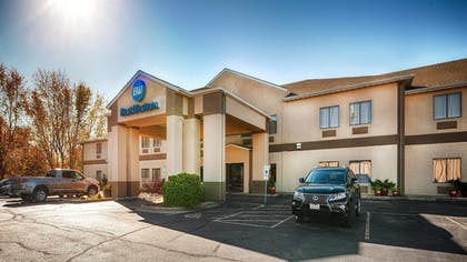 Hotel Front | Best Western Clearlake Plaza