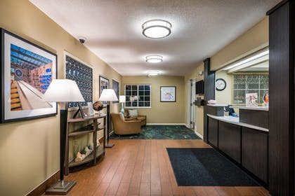 Lobby   Candlewood Suites Richmond-West