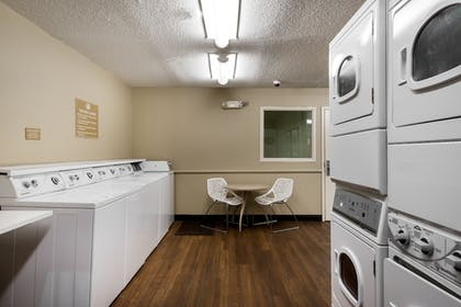 Laundry Room | Candlewood Suites Richmond-West