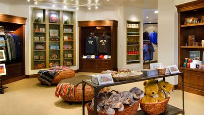 Gift Shop | The Omni Grove Park Inn