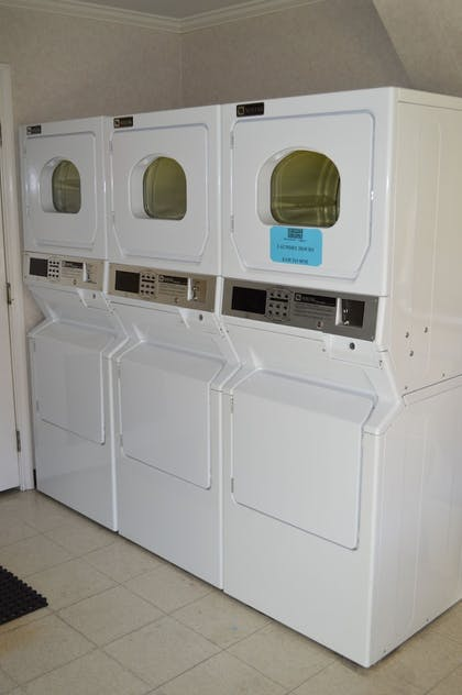 Laundry Room | Dynasty Suites Redlands