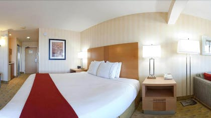 Guestroom | Holiday Inn Express Hotel & Suites Pacifica