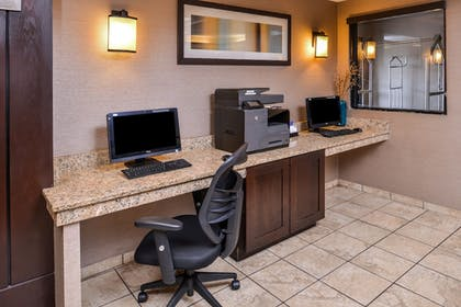 In-Room Business Center | Holiday Inn Express Topeka West I-70 Wanamaker