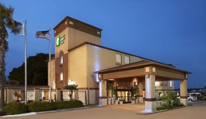 Exterior   Holiday Inn Express & Suites Houston North-Spring Area