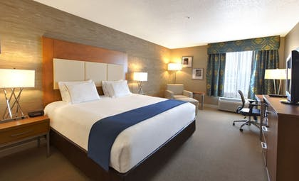 Guestroom   Holiday Inn Express & Suites Houston North-Spring Area
