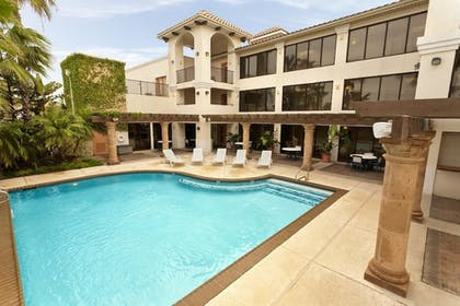 Outdoor Pool | The Inn at South Padre