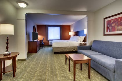 Guestroom | Holiday Inn Express & Suites Lincoln East - White Mountains