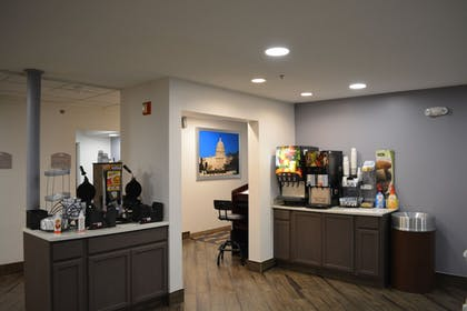 Coffee Service | Microtel Inn & Suites by Wyndham BWI Airport Baltimore