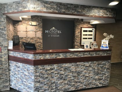 Concierge Desk | Microtel Inn & Suites by Wyndham BWI Airport Baltimore