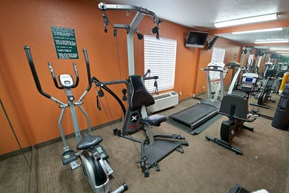 Fitness Facility | Best Western Airport Inn & Suites