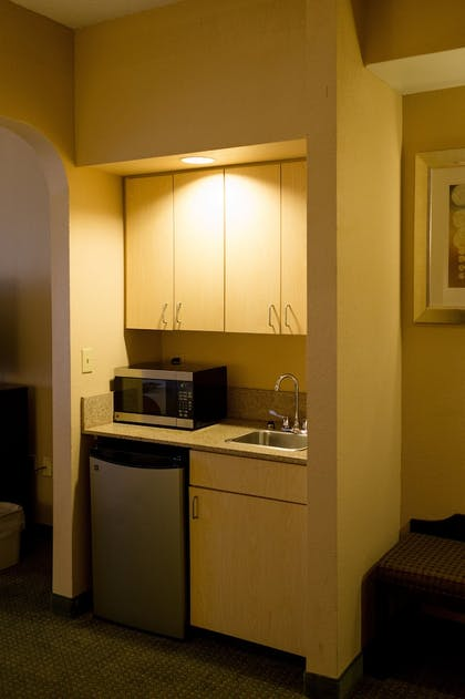 Guestroom | Holiday Inn Express Hotel & Suites Oxford