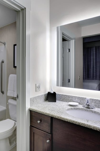 Guestroom | Residence Inn By Marriott Cleveland Downtown