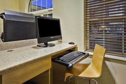Business Center | Towneplace Suites By Marriott Detroit Livonia