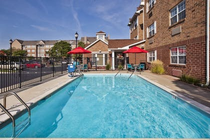 Outdoor Pool | Towneplace Suites By Marriott Detroit Livonia