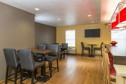 Restaurant | TownePlace Suites By Marriott Phoenix North