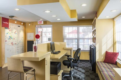 Business Center | TownePlace Suites By Marriott Phoenix North