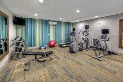Fitness Facility | Holiday Inn Express & Suites Crossville