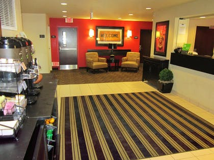 Lobby | Extended Stay America - Orlando - Maitland -1760 Pembrook Dr
