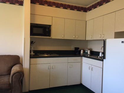 In-Room Kitchen | Fairbridge Inn & Suites, Miles City