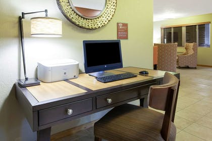 Business Center | AmericInn by Wyndham Petoskey